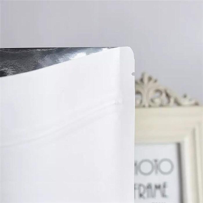 Белый матовый дой-пакет 120х210 мм с замком zip-lock металлизированный - фото 4649